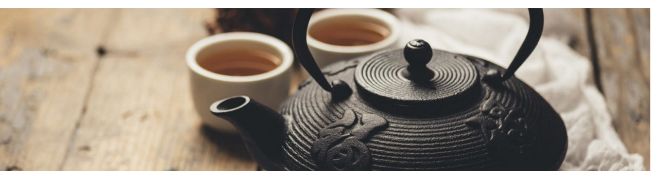 Teiere e scatole tè